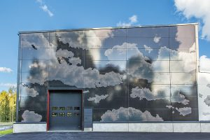 Sandwich panels with a pattern