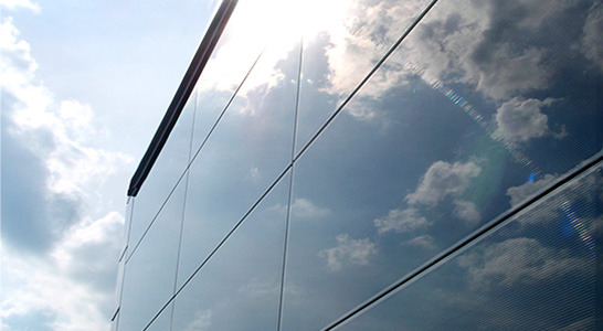 Скло і сонячні панелі