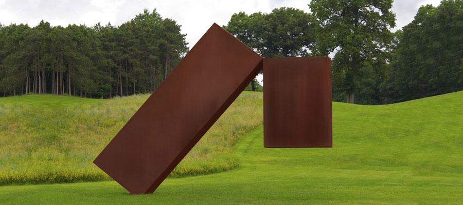 Скульптура Підвішений, США