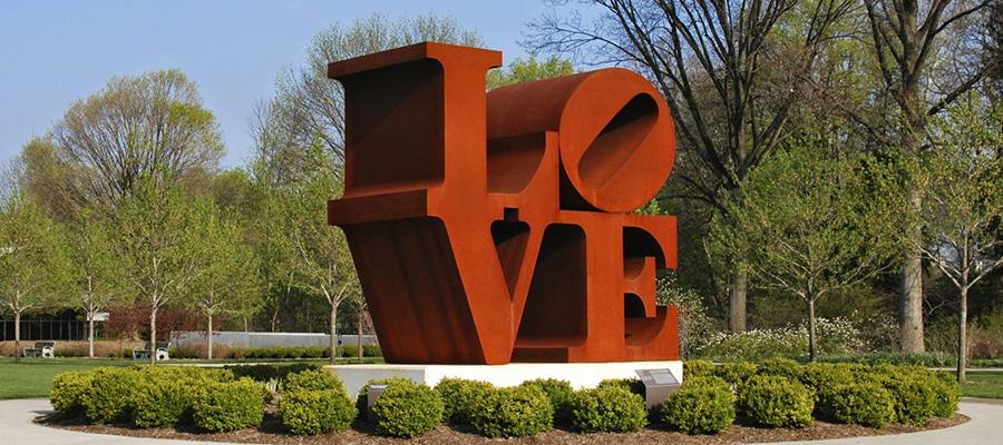 Скульптура LOVE, США