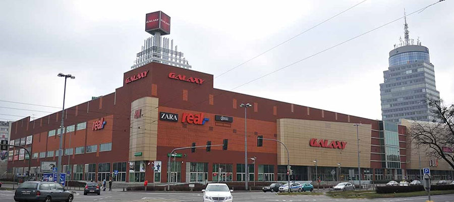 """Centrum handlowo-rozrywkowy """"Galaxy"""", Polska."""
