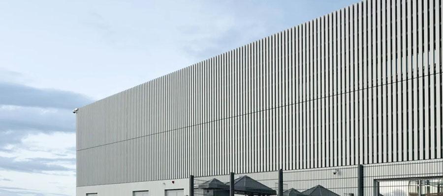 фасад титан-цинк