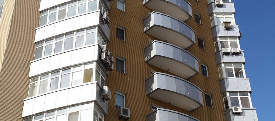 Budynek mieszkaniowy Kasetonow elewacyjnych Liberta