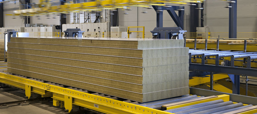 Production of Ruukki sandwich panels