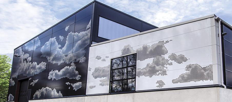 Obrazy na fasadzie