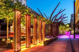 Сталь Кортен в оформлении элементов городской архитектуры