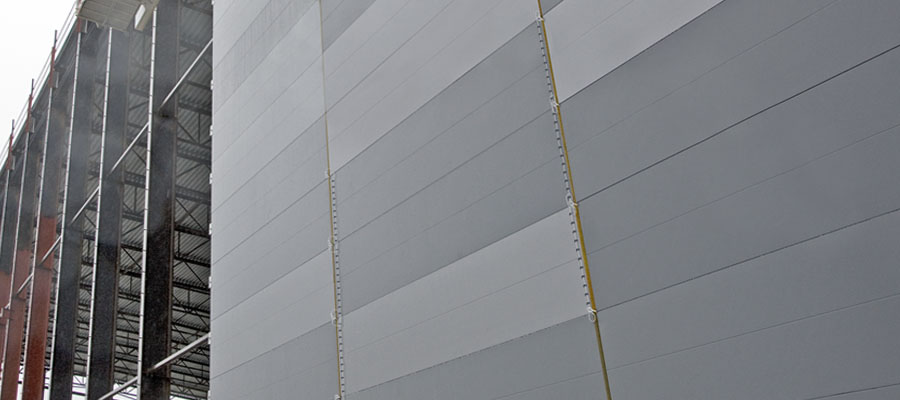 Light removable structures of sandwich panels